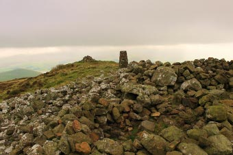 Tumulus and Summit Cairn, Binsey