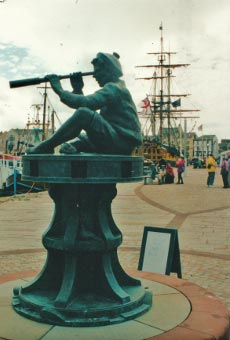 Whitehaven Harbour statue